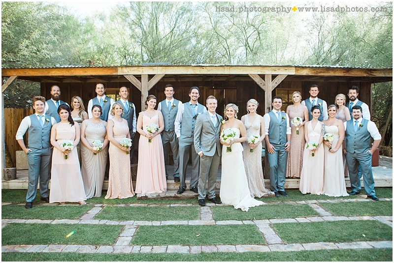 Whispering Tree Ranch Wedding in Laveen, AZ | Lisa d. Photography | Rustic wedding party - large wedding party